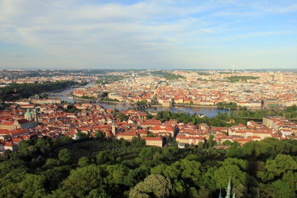 Aussitcht vom Turm Petrin über Prag